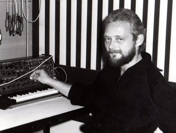 Andreas Kaufmann working with a mixer